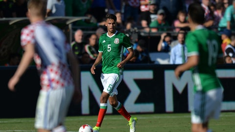 Rough showing for Diego Reyes