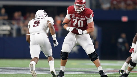 Dallas Cowboys: Dan Skipper, OT, Arkansas