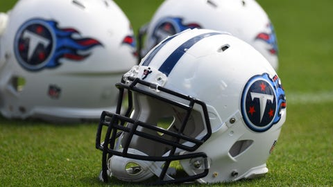 Tennessee Titans: Steven Rhodes, DE, Middle Tennessee State