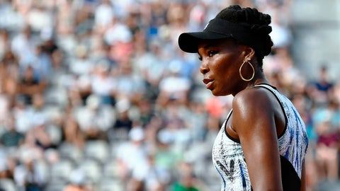 US Venus Williams reacts after a point as she plays against China's Wang Qiang during their tennis match at the Roland Garros 2017 French Open on May 28, 2017 in Paris.  / AFP PHOTO / CHRISTOPHE SIMON        (Photo credit should read CHRISTOPHE SIMON/AFP/Getty Images)