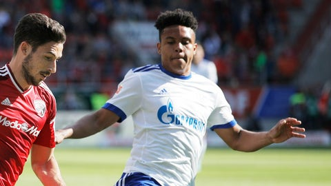 Weston McKennie — Schalke