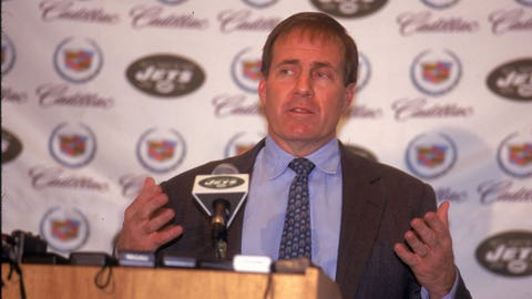 Belichick resigned after one day of being the Jets' head coach, writing the news on a napkin