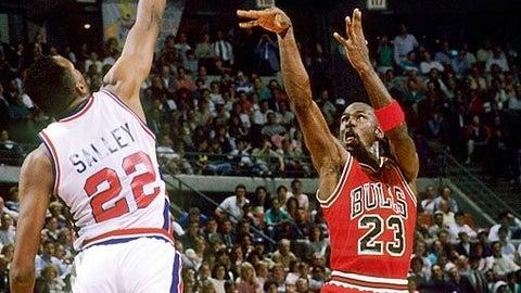 Chicago Bulls: Brad Sellers over John Salley (1986, Pick No. 9)