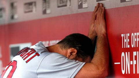 Cardinals (26-32): HOLD
