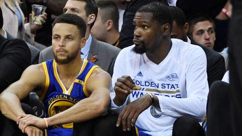 Stephen Curry and Kevin Durant choked in a potential closeout game