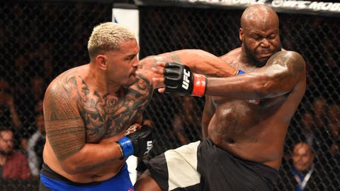 Mark Hunt vs. Derrick Lewis