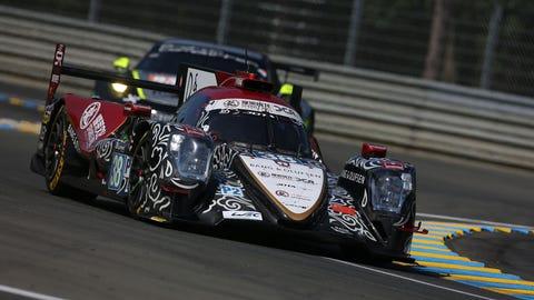 LMP2 car leads