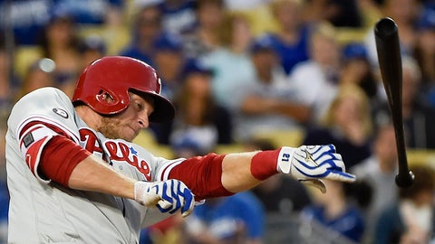 Phillies signing Michael Saunders