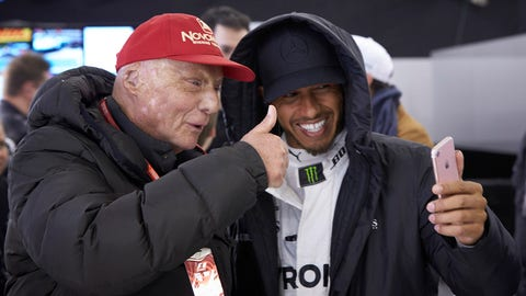 Niki Lauda and Lewis Hamilton pictured at the 2017 Chinese GP. (Photo: Steve Etherington/LAT Images)