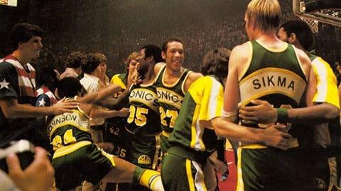 1979 Seattle SuperSonics (52-30, 12-5)