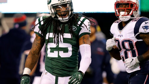 New York Jets strong safety Calvin Pryor during an NFL football game against the New England Patriots at MetLife Stadium in East Rutherford, N.J. Sunday, Nov. 17, 2016. (Winslow Townson/AP Images for Panini)