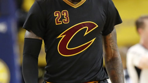OAKLAND, CA - JUNE 12:  LeBron James #23 of the Cleveland Cavaliers reacts against the Golden State Warriors in Game 5 of the 2017 NBA Finals at ORACLE Arena on June 12, 2017 in Oakland, California. NOTE TO USER: User expressly acknowledges and agrees that, by downloading and or using this photograph, User is consenting to the terms and conditions of the Getty Images License Agreement.  (Photo by Ezra Shaw/Getty Images)