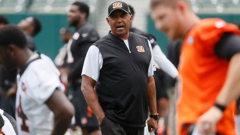 Cincinnati Bengals head coach Marvin Lewis works the field during an NFL mini-camp practice, Wednesday, June 14, 2017, in Cincinnati. (AP Photo/John Minchillo)