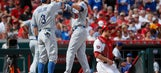 4 Dodgers homers take edge off Rose honors, beat Reds 10-2 (Jun 17, 2017)