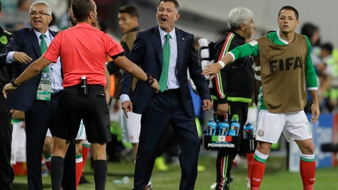Mexico coach Juan Carlos Osorio shouts during the Confederations Cup, Group A soccer match between Mexico and New Zealand, at the Fisht Stadium in Sochi, Russia, Wednesday, June 21, 2017. (AP Photo/Thanassis Stavrakis)