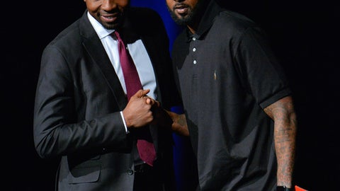 LAS VEGAS, NV - APRIL 30:  BIG3 basketball league President and Commissioner Roger Mason Jr. (L) greets Larry Hughes after he was selected in the 2017 BIG3 draft at Planet Hollywood Resort & Casino on April 30, 2017 in Las Vegas, Nevada.  (Photo by Sam Wasson/Getty Images)