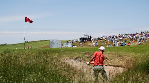 HARTFORD, WI - JUNE 16: Adam Scott of Australia plays his shot on the ninth hole during the second round of the 2017 U.S. Open at Erin Hills on June 16, 2017 in Hartford, Wisconsin.  (Photo by Streeter Lecka/Getty Images)
