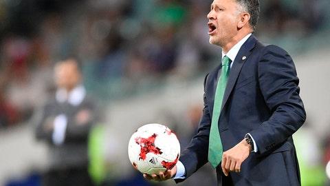 Juan Carlos' Osorio's rotations hurt Mexico
