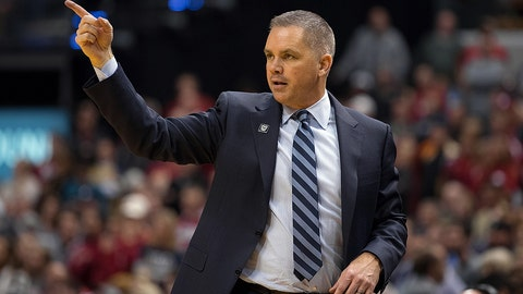 INDIANAPOLIS, IN - DECEMBER 17: Butler Bulldogs head coach Chris Holtmann on the sidelines during the Crossroads Classic basketball game between the Butler Bulldogs and Indiana Hoosiers on December 17, 2016, at Bankers Life Fieldhouse in Indianapolis, IN. (Photo by Zach Bolinger/Icon Sportswire)