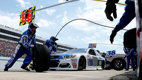 Pit stop for the 88
