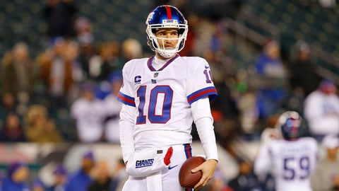 PHILADELPHIA, PA - DECEMBER 22:  Quarterback Eli Manning #10 of the New York Giants looks on prior to the game against the Philadelphia Eagles at Lincoln Financial Field on December 22, 2016 in Philadelphia, Pennsylvania.  (Photo by Rich Schultz/Getty Images)