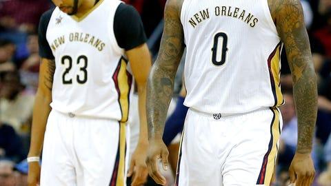 Pelicans fans