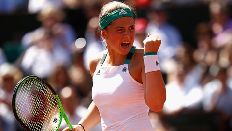 PARIS, FRANCE - JUNE 08:  Jelena Ostapenko of Latvia celebrates a point during ladies singles semi-final match against Timea Bacsinszky of Switzerland on day twelve of the 2017 French Open at Roland Garros on June 8, 2017 in Paris, France.  (Photo by Adam Pretty/Getty Images)
