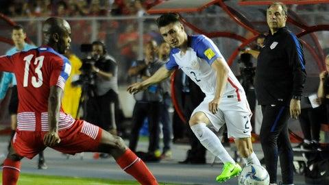 LB: Jorge Villafana