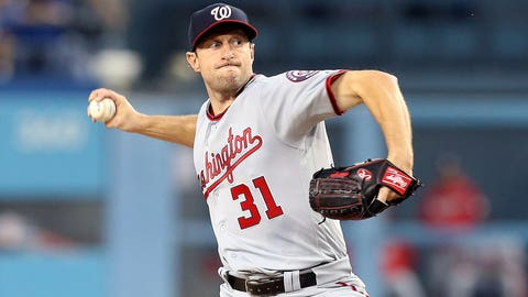 LOS ANGELES, CA - JUNE 06: Washington Nationals Starting pitcher Max Scherzer (31) throws a pitch against the Los Angeles Dodgers on June 06, 2017, during the game at Dodger Stadium in Los Angeles, CA. (Photo by Adam Davis/Icon Sportswire via Getty Images)
