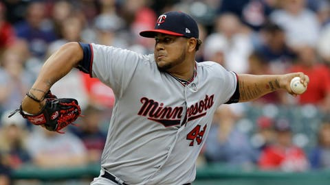 Yankees acquire Garcia from Twins