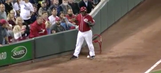 Reds' ball boy has hilarious reaction after accidentally fielding ball in play