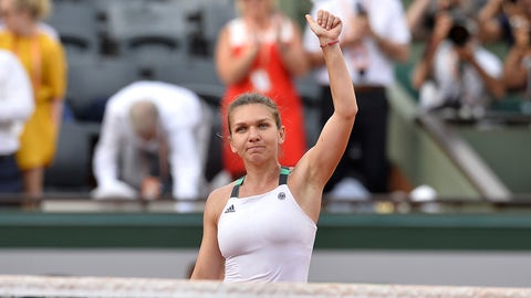 PARIS, FRANCE - JUNE 08:  Simona Halep of Romania reacts after winning the women's singles semi finals match against Karolina Pliskova of Czech Republic on day twelve of the 2017 French Open at Roland Garros on June 8, 2017 in Paris, France.  (Photo by Aurelien Meunier/Getty Images)