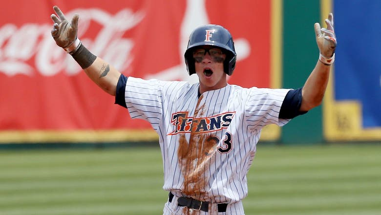 Cal State Fullerton headed to College World Series for second time in three years