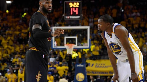 Steph Curry finished off LeBron by dribbling circles around him