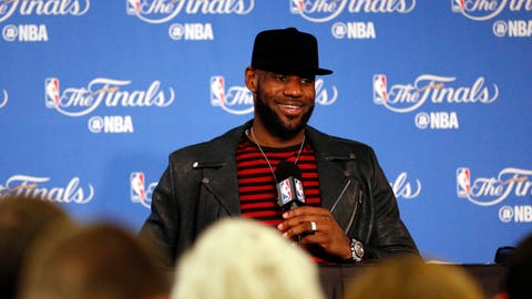 "LeBron James: ""I have no reason to put my head down"""