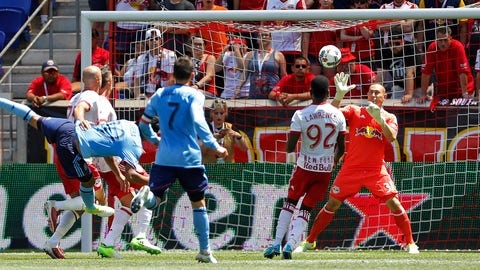 Luis Robles kept the Red Bulls in it