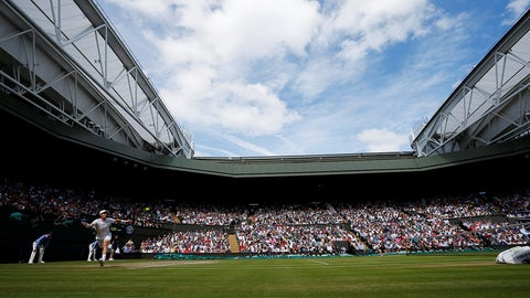 LONDON, UNITED KINGDOM - JULY 10: Andy Murray of Great Britain in action against Milos Raonic (not seen) of Canada in the mens' singles final match on day twelve of the 2016 Wimbledon Championships at the All England Lawn and Croquet Club in London, United Kingdom on July 10 2016. (Photo by Lindsey Parnaby/Anadolu Agency/Getty Images)