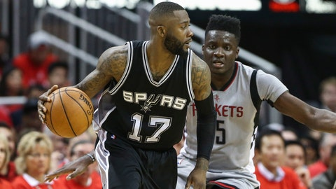 Spurs renounce rights to Jonathon Simmons, agree to sign Brandon Paul