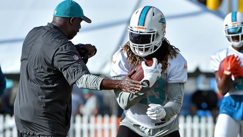 Dolphins' Jay Ajayi being evaluated for concussion