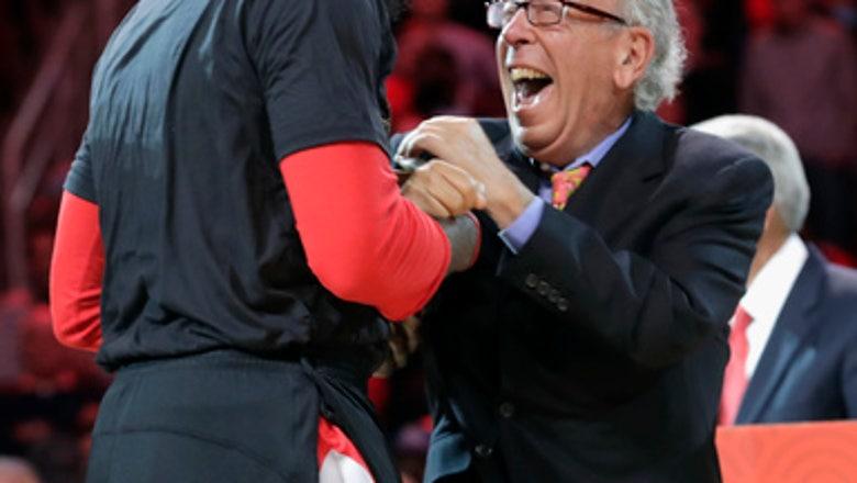 Houston Rockets owner Alexander is selling team