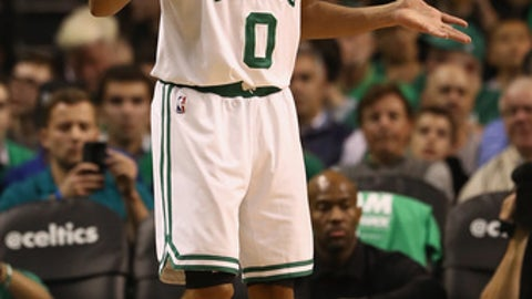 BOSTON, MA - MAY 25:  Avery Bradley #0 of the Boston Celtics reacts in the second half against the Cleveland Cavaliers during Game Five of the 2017 NBA Eastern Conference Finals at TD Garden on May 25, 2017 in Boston, Massachusetts. NOTE TO USER: User expressly acknowledges and agrees that, by downloading and or using this photograph, User is consenting to the terms and conditions of the Getty Images License Agreement.  (Photo by Elsa/Getty Images)