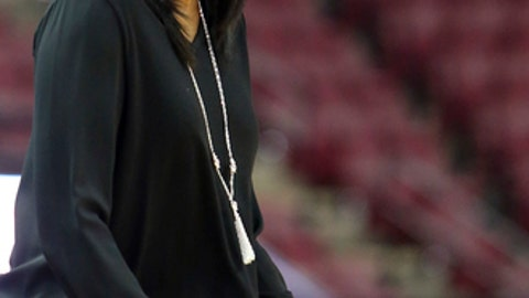 Clemson's head coach Audra Smith yells instructions to her team in the first quarter of an NCAA college basketball game with Florida State, Saturday, Feb. 18, 2017, in Tallahassee, Fla. Florida State won 80-47. (AP Photo/Steve Cannon)