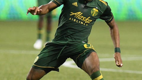 PORTLAND, OR - JULY 05: Portland Timbers F/MF Darlington Nagbe (6) dribbles the ball forward during a Major League Soccer match between the Chicago Fire and Portland Timbers on July 5, 2017 at Providence Park in Portland, Oregon. (Photo by Brian Murphy/Icon Sportswire via Getty Images)