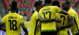 Mexico blocks out drama before Gold Cup semifinal vs Jamaica