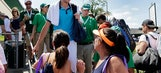 Top-seeded John Isner reaches Hall of Fame semifinals