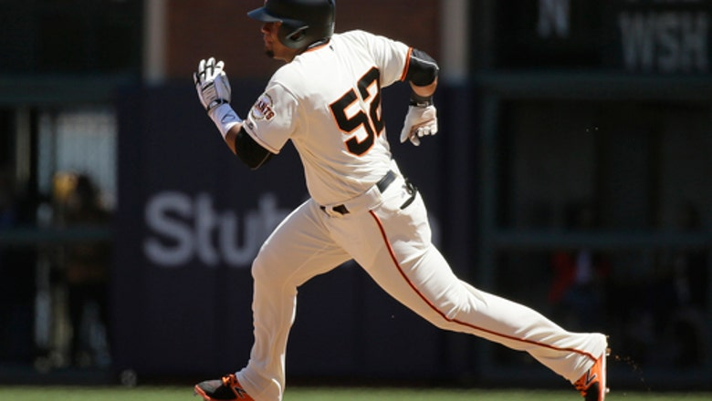 Belt drives in go-ahead run in Giants' 2-1 win over Pirates