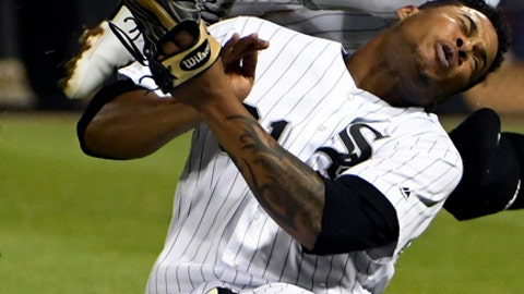 White Sox seemingly avoid catastrophe after Yoan Moncada, Willy Garcia collision