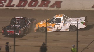 Kaz Grala T-bones Christopher Bell at Eldora | 2017 TRUCK SERIES | FOX NASCAR