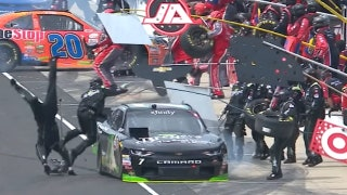 Justin Allgaier hits crew members and has disastrous pit stops at Indianapolis | 2017 NASCAR XFINITY SERIES