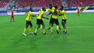 Shaun Francis makes it 1-0 with excellent goal vs. Canada | 2017 CONCACAF Gold Cup Highlights